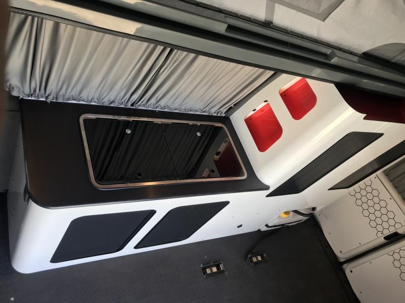 VW T5 | Premium Camper Excalibur